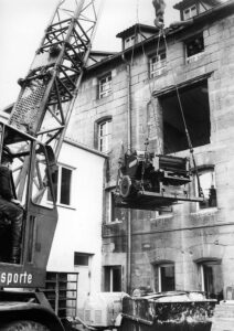 Gebrüder Voit, Umzug im Jahr 1969, Kran